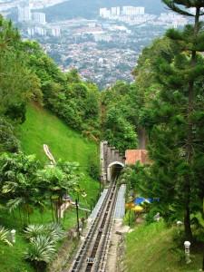 Фуникулер на вершину холма Пинанг