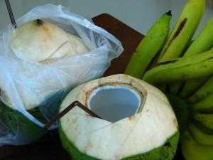 Как едят кокосы в Тайланде на Пхукете